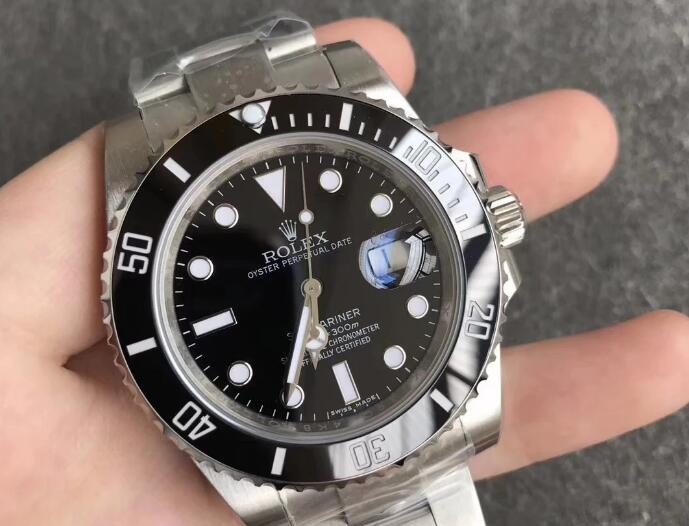 Replica Rolex Submariner 114060-97200 Latest Version 02